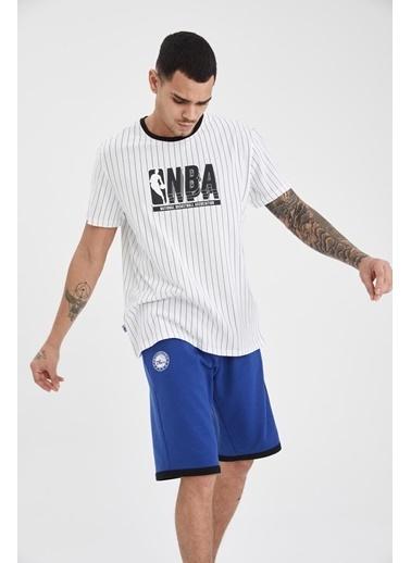 DeFacto Regular Fit NBA Lisanslı Bisiklet Yaka T-shirt Beyaz